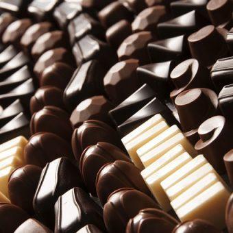 פעילות מיוחדת לכל המשפחה – סדנת שוקולד מפנקת